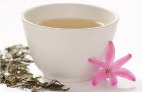 cura de slabire cu ceai alb